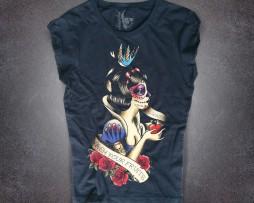 Biancaneve t-shirt donna nera raffigurate Biancaneve ricoperta di tatuaggi