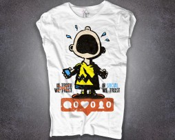 charlie brown t-shirt donna bianca e scritta in social we trust
