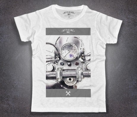 manubrio motocicletta t-shirt uomo bianca Officine Km2 raffigurante un particolare del manubrio
