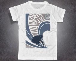 waves surf t-shirt uomo raffigurante l'immagine stilizzata di un surfista mentre cavalca un onda firmataUvamara Voltri