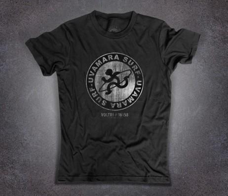 Uvamara surf t-shirt uomo raffigurante la versione antichizzata del logo classico