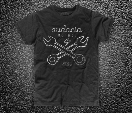 Cross Wrench t-shirt uomo nera Audacia Motori raffigurante due chiavi inglesi incrociate