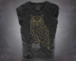 "Gufo t-shirt donna nera ispirata alla frase ""The owls are not what they seems"" di Twin Peaks"