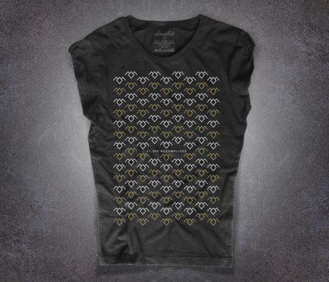 loggia nera t-shirt raffigurante il simbolo della loggia nera e la scritta 51200 accomplices